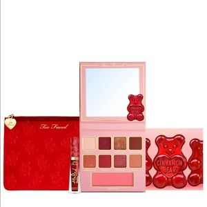 ✨BNIB✨ Too Faced Limited Edition Makeup Set